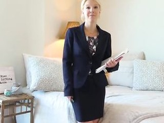 Hot Southern MILF Real Estate Agent gets Creampie