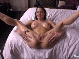 Lots of passionate oral sex in free porno movies