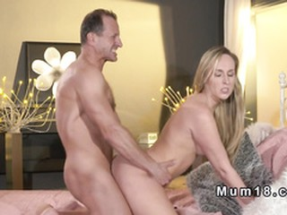 Dude bangs blonde Milf doggy style