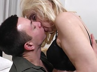 Maira is a slutty, mature blonde who likes to have casual sex with much younger guys